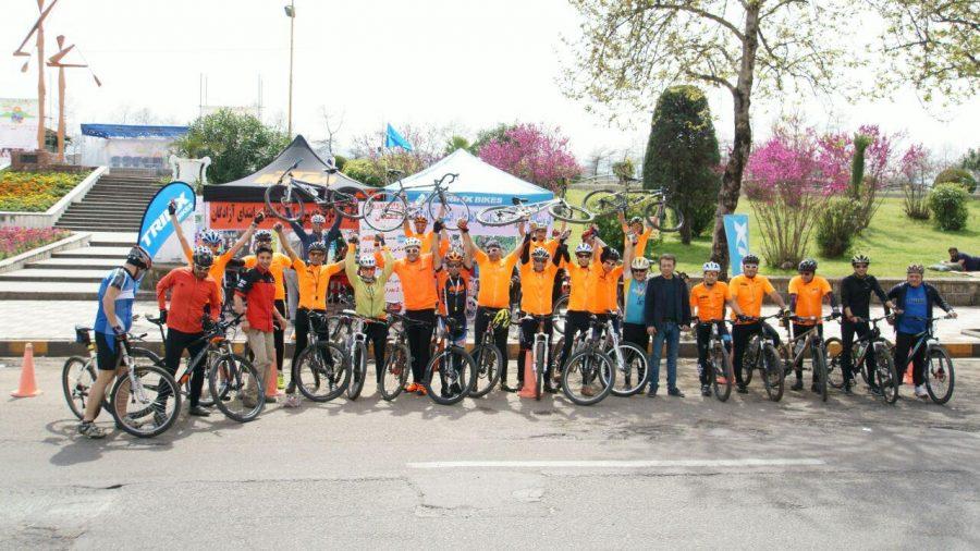 گزارش تصویری تور دوچرخه سواری جشنواره نوروزی دوچرخه سواران شهرستان لاهیجان