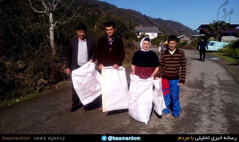 جمع آوری زباله در روستای ملک میان قاسم آباد با همکاری مردم و دهیار