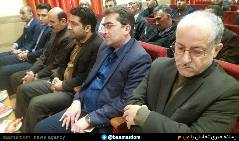 نشست صمیمی شهردار کلاچای و شورای اسلامی شهر و قدردانی از تلاشهای یک ساله زحمت کشان شهرداری کلاچای انجام شد