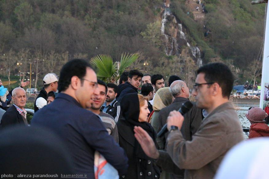 فایل صوتی گلایه یکی از گردشگران شهرستان لاهیجان نسبت به نحوه راهنمایی و نبود بروشور راهنمای گردشگری