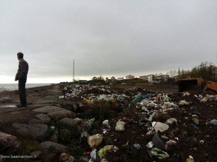 ساحل زیبای دریا زباله دانی نیست / گزارش تصویری پراکندگی زباله ها در ساحل کلاچای
