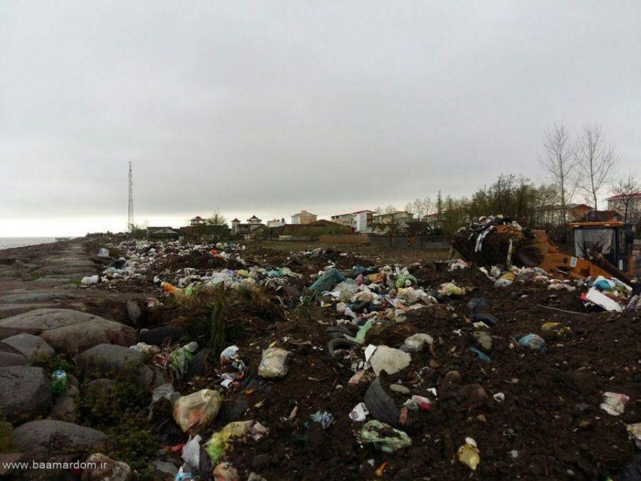 photo 2016 03 31 13 12 22 Copy - ساحل زیبای دریا زباله دانی نیست / گزارش تصویری پراکندگی زباله ها در ساحل کلاچای