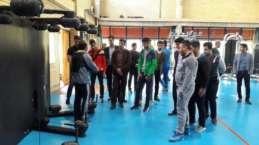 دانشجویان دانشگاه آزاد لاهیجان از آکادمی ملی المپیک و پاراالمپیک جمهوری اسلامی ایران بازدید کردند + تصاویر