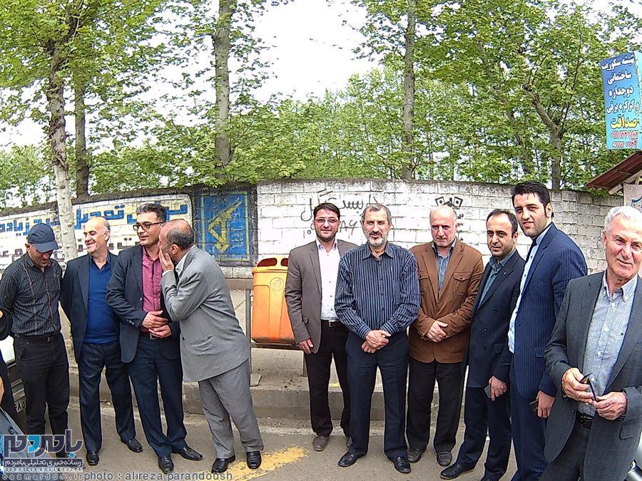 گزارش تصویری حضور محمد مایلی کهن به همراه بهمن صالح نیا در شهرستان املش و مجموعه كشت و صنعت چاي نوبر