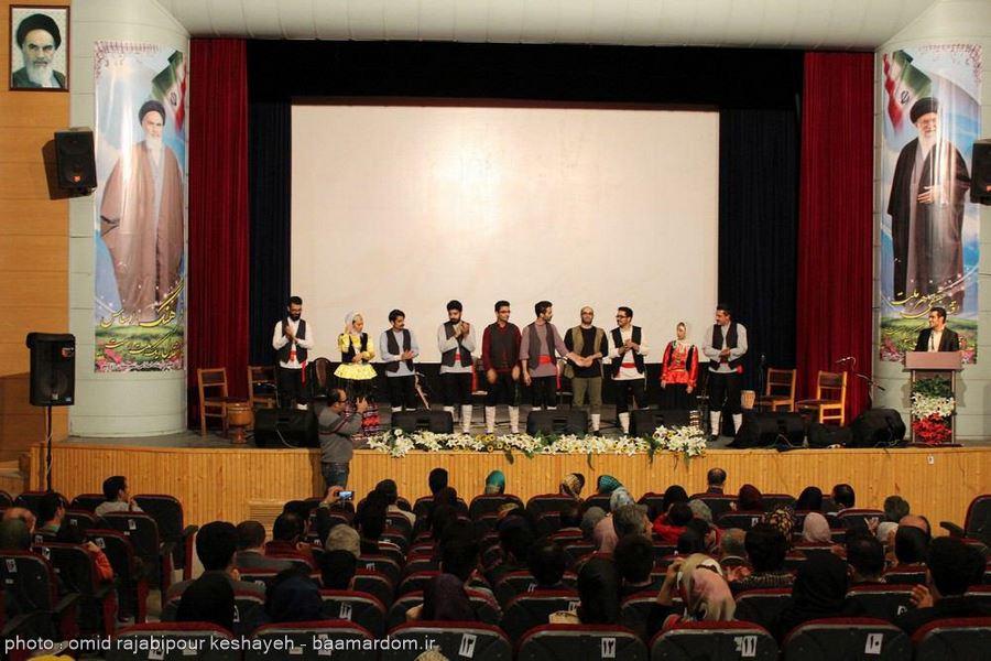 """گزارش تصویری اجرای بی نظیر کنسرت گروه موسیقی محلی """" گیله لو """"در رودسر"""