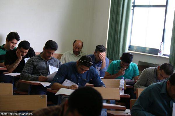 آزمون کارشناسی ارشد سال 95 دانشگاه آزاد اسلامی در شهرستان لاهیجان + تصاویر (19)