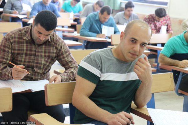 آزمون کارشناسی ارشد سال 95 دانشگاه آزاد اسلامی در شهرستان لاهیجان + تصاویر (20)