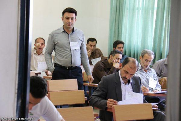 آزمون کارشناسی ارشد سال 95 دانشگاه آزاد اسلامی در شهرستان لاهیجان + تصاویر (32)