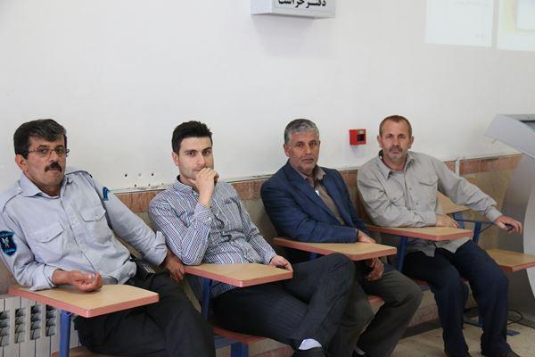 کنکور کارشناسی ارشد سال 95 دانشگاه آزاد در لاهیجان (16)