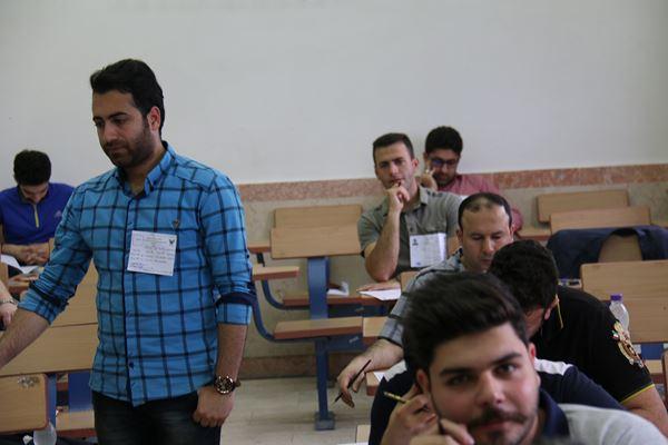 کنکور کارشناسی ارشد سال 95 دانشگاه آزاد در لاهیجان (21)