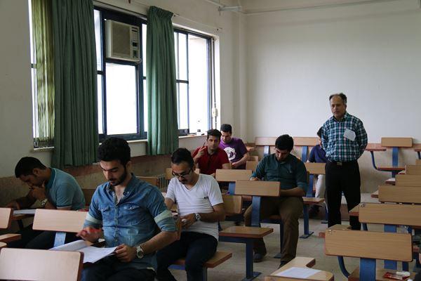کنکور کارشناسی ارشد سال 95 دانشگاه آزاد در لاهیجان (58)
