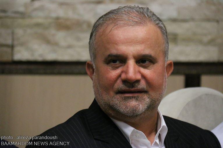 در دولت قبل ۶۰۰ هزار نفر را بی رویه استخدام کردند / برای پیروزی روحانی هزینه های زیادی داده شده است