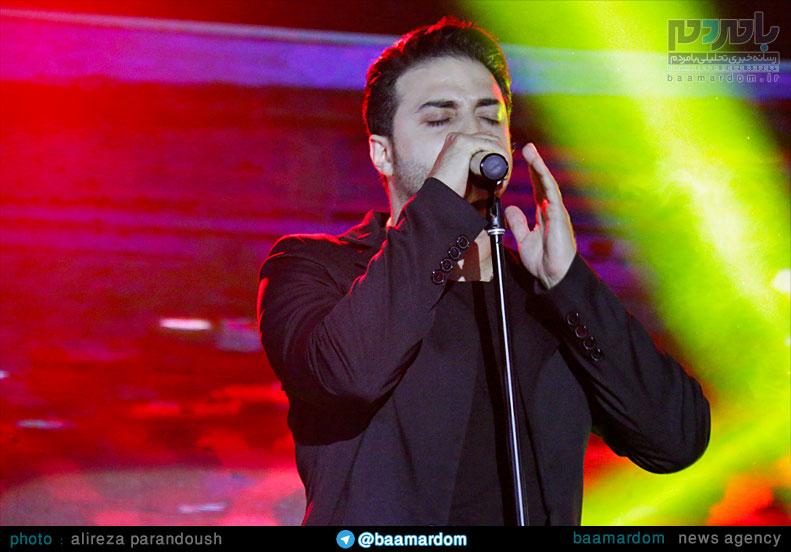 گزارش تصویری از کنسرت بابک جهانبخش در منطقه آزاد انزلی