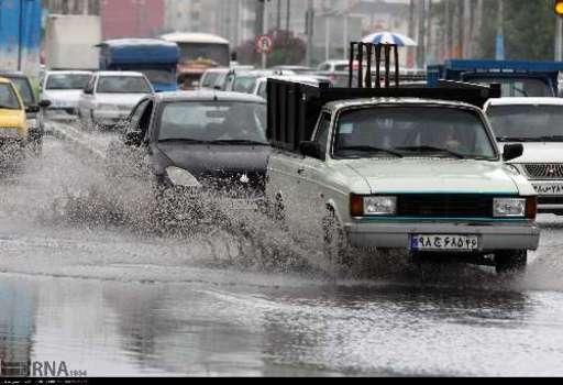 بارش باران در رشت  + تصاویر