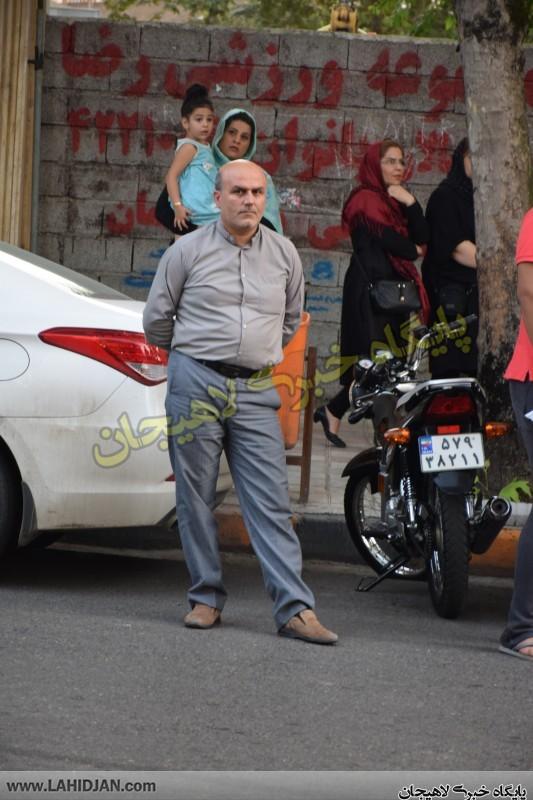 بازسازی صحنه سرقت طلافروشیلاهیجان 11 - بازسازی صحنه سرقت طلافروشی توسط سارقان در لاهیجان + تصاویر