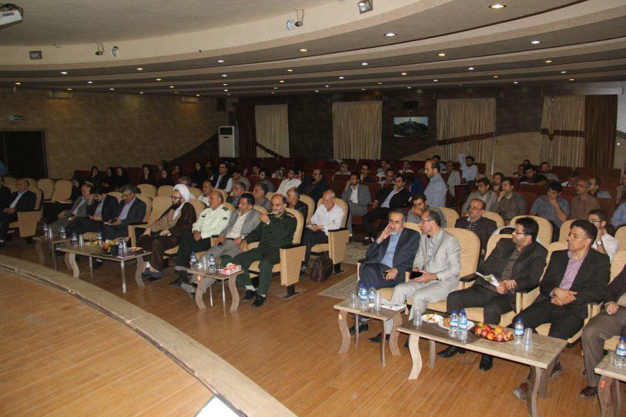 تجلیل از خبرنگاران لاهیجان 1 1 - مراسم تجلیل از خبرنگاران و فعالان عرصه اطلاعرسانی در لاهیجان