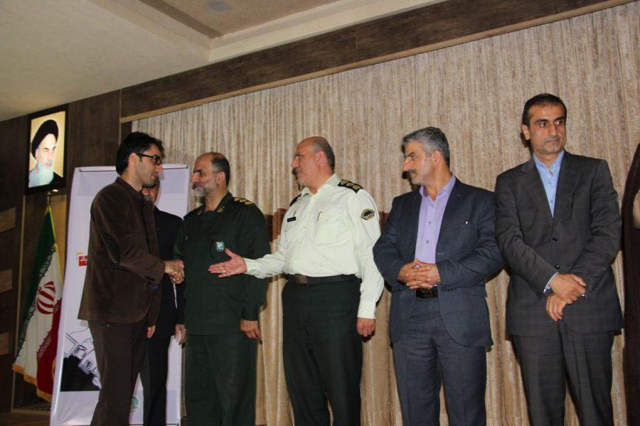 تجلیل از خبرنگاران لاهیجان 7 1 - مراسم تجلیل از خبرنگاران و فعالان عرصه اطلاعرسانی در لاهیجان