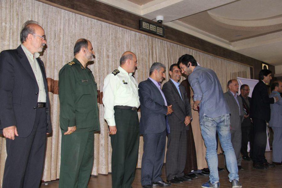 تجلیل از خبرنگاران لاهیجان 8 1 - مراسم تجلیل از خبرنگاران و فعالان عرصه اطلاعرسانی در لاهیجان