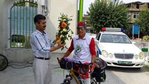 مراسم استقبال از دوچرخه سوار حامی محیط زیست در لاهیجان