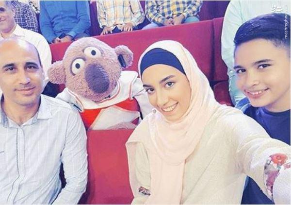 عکس/سلفی خانوادگی کیمیا با جناب خان