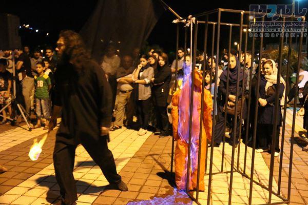 24 نمایش خیابانی در لاهیجان اجرا شد 37 - 24 نمایش خیابانی در لاهیجان اجرا شد/استقبال پرشور مخاطبان از اجرا ها+ تصاویر