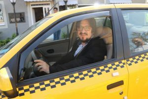 photo 2016 09 29 13 15 30 300x200 - 77 دستگاه تاکسی در ناوگان حمل ونقل لاهیجان نوسازی شدند