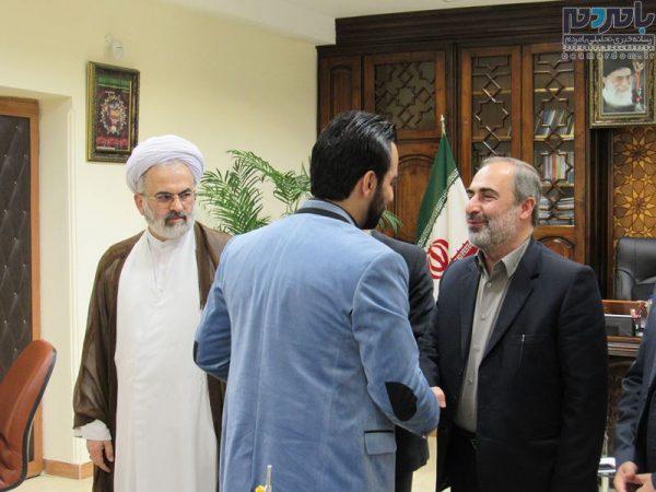 فرماندار لاهیجان از حاج حسین رفیعی قاری ممتاز مسابقات کشوری تجلیل کرد + تصاویر