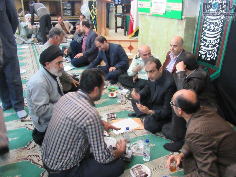 دیدار مردم و مسئولین با حضور فرماندار و مسئولان ادارات لاهیجان