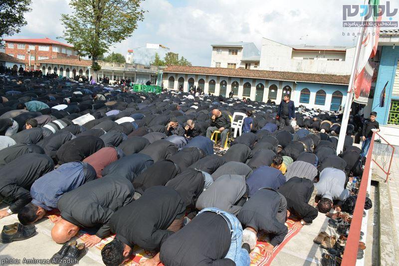عزاداری ظهر عاشورا و حضور پرشور عزاداران لاهیجانی در نماز باشکوه ظهر عاشورا