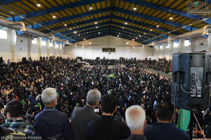 همایش شیرخوارگان حسینی در ورزشگاه چهار هزار نفره شهدای لاهیجان