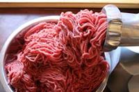 کشف و ضبط ۱۲۰ کیلو گوشت فاسد در رستورانهای گیلان