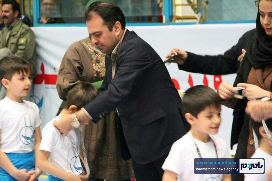مدیرکل گیلانی حفاظت محیط زیست قزوین از بازیگران سینما تقدیر کرد و بامردم سخن گفت