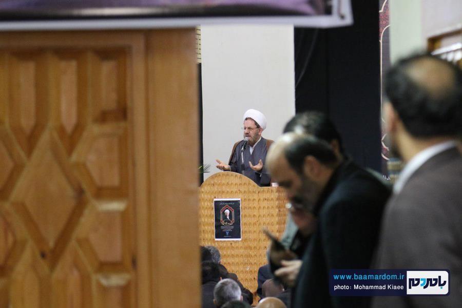 مراسم گرامیداشت ارتحال آیت الله هاشمی در دانشگاه آزاد لاهیجان 42 - مراسم گرامیداشت ارتحال آیت الله هاشمی در دانشگاه آزاد لاهیجان