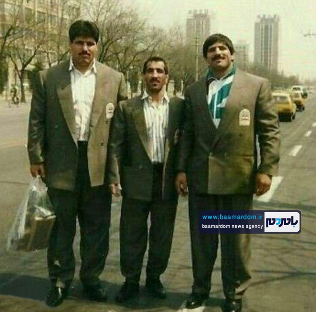 عکس قدیمی سخنگوی شورای شهر لاهیجان در کنار عباس جدیدی! | حتما ببینید