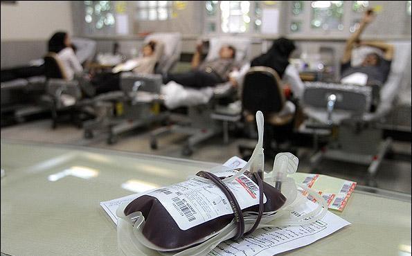 اهداء خون 2 - هزار و 84 نفر طی سال جدید در گیلان، برای اولین بار خون دادند
