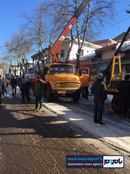 اقدامات شهرداری لاهيجان براي بازگشايی معابر سطح شهر   گزارش تصویری