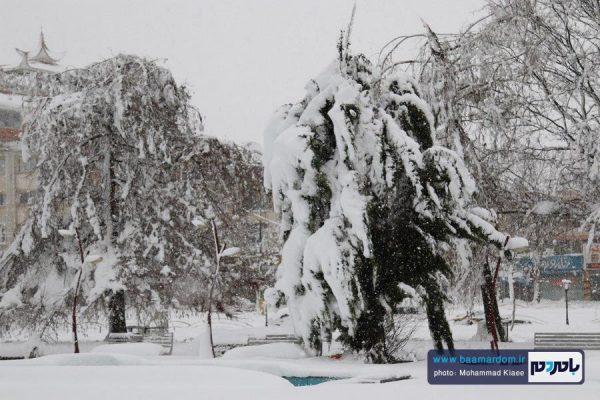 برف 14 بهمن لاهیجان 5 600x400 - احتمال بارش شدید برف در استان گیلان | آماده باش استاندار به دستگاه های اجرایی و امدادی