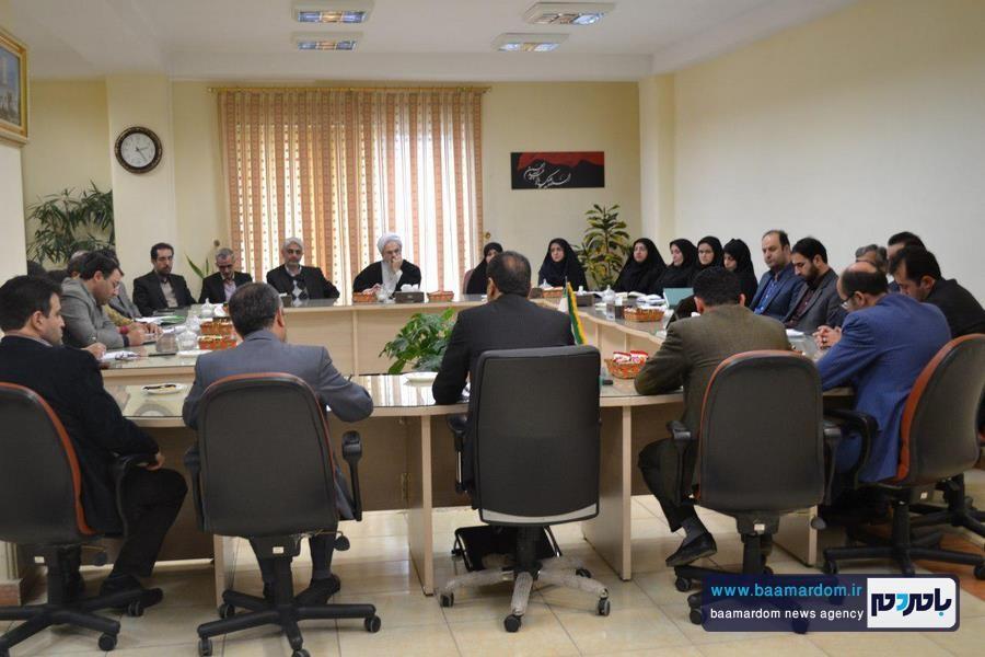 نشست هم اندیشی پیرامون حضور و مشارکت حداکثری مردم در انتخابات در لاهیجان برگزار شد