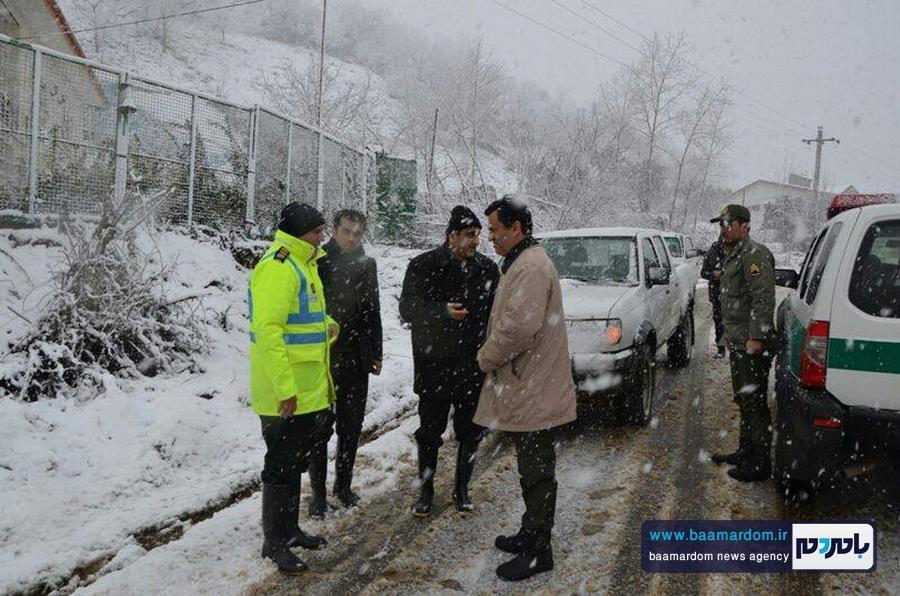 حضور و خدمت رسانی پررنگ نیروی انتظامی شهرستان لاهیجان + تصاویر