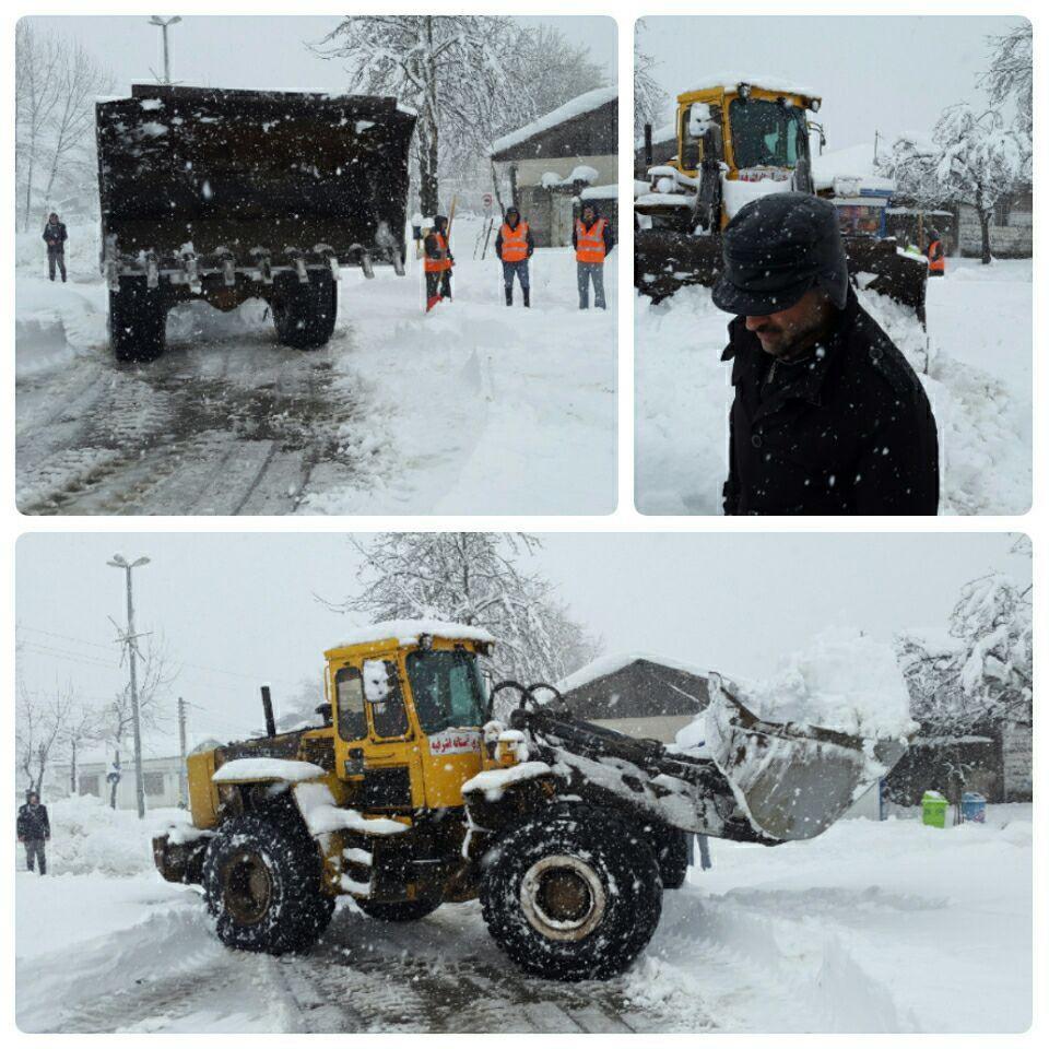 عملیات برف روبی ستاد مدیریت بحران شهرداری آستانه اشرفیه | گزارش تصویری