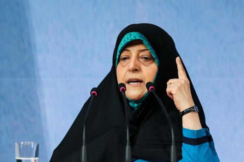 معصومه ابتکار: از «مونا فرجاد» شکایت میکنم