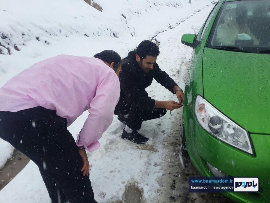 برف بهاری دیلمان 4 - بارش برف بهاری و ترافیک طولانی در جاده سیاهکل به دیلمان   مسافران هشدارهای پلیس راهور را جدی بگیرند