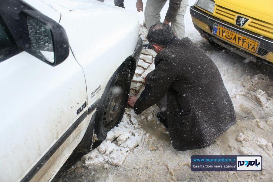 برف بهاری دیلمان 9 - بارش برف بهاری و ترافیک طولانی در جاده سیاهکل به دیلمان   مسافران هشدارهای پلیس راهور را جدی بگیرند