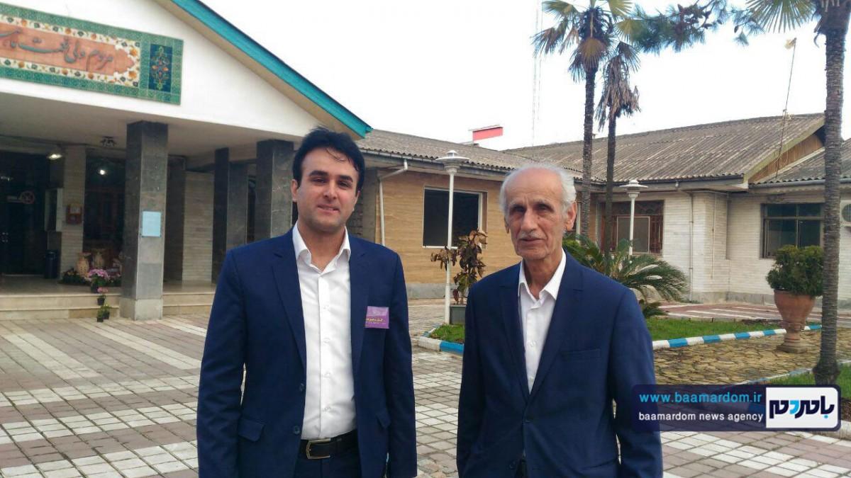 دکتر حجت طیران با حضور در فرمانداری در پنجمین دوره انتخابات شورای شهر لاهیجان ثبتنام کرد