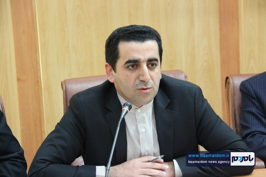 حامیان اصلی دکتر روحانی در صحنه بمانند نگذارند فرصت طلبان مصادره به مطلوب کنند / هنوز برخی مدیران با چراغ خاموش در حال حرکت اند !