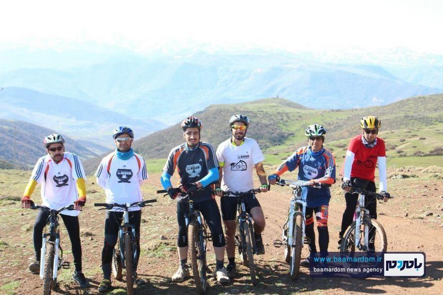 رکابزنی دوچرخهسواران باشگاه کوهنوردی باران لاهیجان از ییلاق املش به ییلاق دیلمان