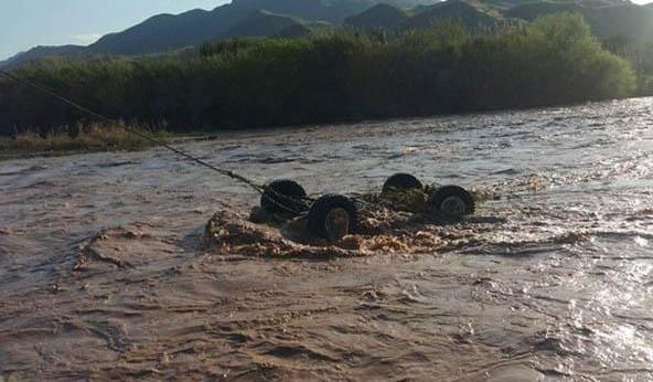 واژگونی ۲۰۶ در داخل رودخانه و مرگ دلخراش دو دختر دانشجو در آستانه اشرفیه