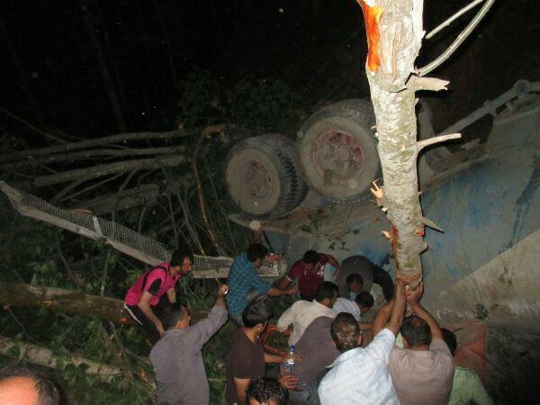 واژگونی کامیون در جاده دیلمان یک کشته بر جای گذاشت