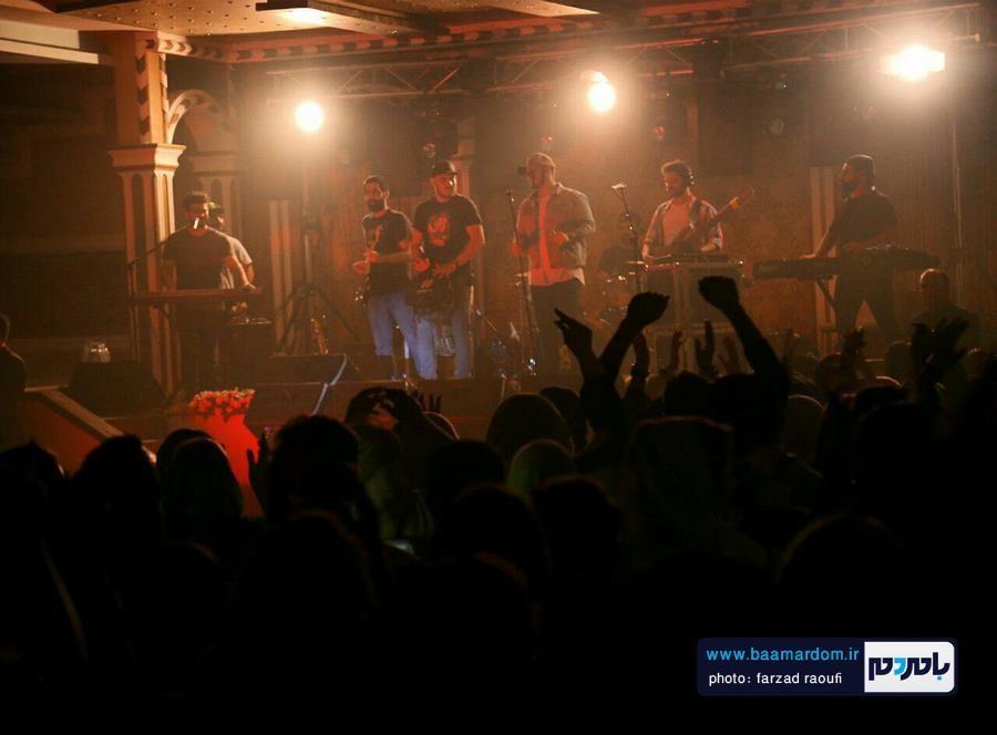 اشوان در لاهیجان 11 - گزارش تصویری کنسرت اشوان در لاهیجان