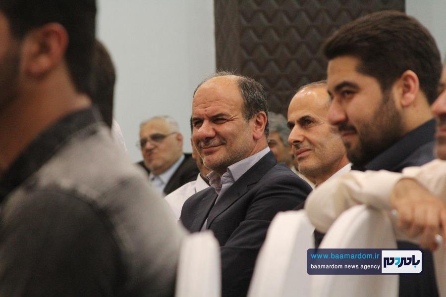 کارمندان فرمانداری آستانهاشرفیه، فرماندار را غافلگیر کردند + عکس